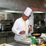 PROFESIJA KUVAR: Hladno, pečeno pile za Pavarotija