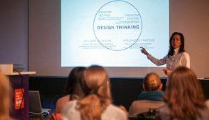 Laura Li vodi radionicu na ovogodišnjoj Beogradskoj nedelji dizajna