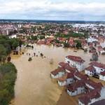 ИЗ РЕГИОНА: Разарајуће поплаве, клизишта…