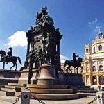 BEČ – CARSKA PRESTONICA I PRESTONICA MUZIKE: Štrausov valcer teče u ritmu plavog Dunava