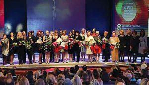 Dobitnice ovogodišnjeg priznanja Udruženja poslovnih žena Srbije, sa članicama žirija