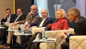 """Učesnici biznis panela """"Da li ima konkurentske prednosti u Srbiji"""""""