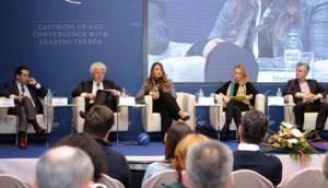 """Učesnici panela """"Definisanje glavnih problema u industriji osiguranja"""""""