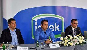 Sa konferencije za medije: čelnici kompanije Imlek i Branislav Nedimović