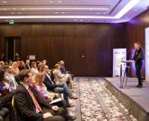 """Edukativni program """"AmChamps – Mladi lideri promena"""""""