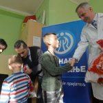 Dunav darivao paketiće deci u KBC Zemun
