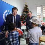 """Kompanija """"Dunav"""" poklonila novogodišnje paketiće deci u Zavodu za vaspitanje dece i omladine na Voždovcu"""
