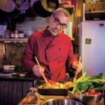 NENAD GLADIĆ, LEPI BRKA: Danas se više kuva za oko, nego za stomak