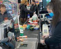 Dovoljne količine kvasca, brašna i jaja za sve penzionere širom Srbije