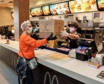 МcDonald's do sada donirao više od 2 miliona dinara u novcu i obrocima